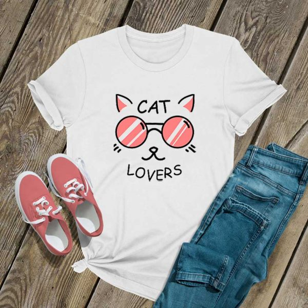 Cat Lovers Graphic T Shirt